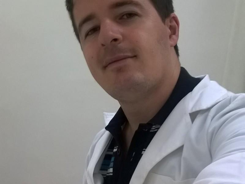 Lic. en Ps. Federico Layácona